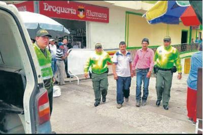 A la cárcel, dos hermanos acusados de asesinar a una mujer en San Vicente de Chucurí