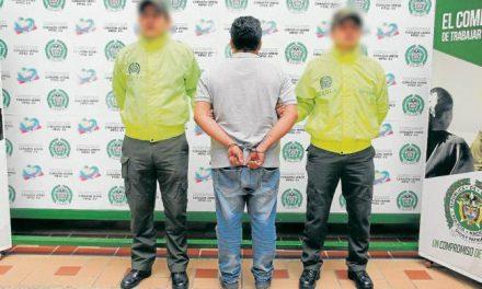 Hombre fue detenido en Girón por extorsionar a mujer con fotos íntimas