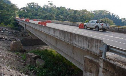 La vía a Barrancabermeja estaría mal diseñada y construida
