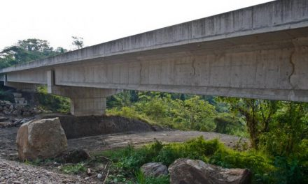 Gobernador de Santander pide cerrar vía Bucaramanga-Barrancabermeja